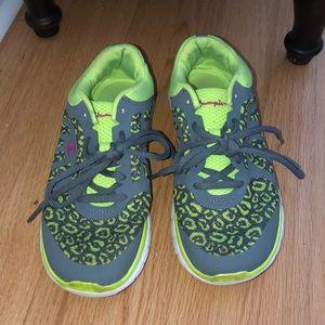 Women's cheetah champion athletic shoes